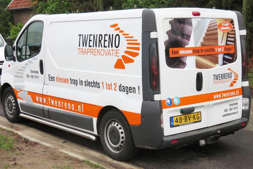 Bedrijfsbus reclame - Twenreno Traprenovatie