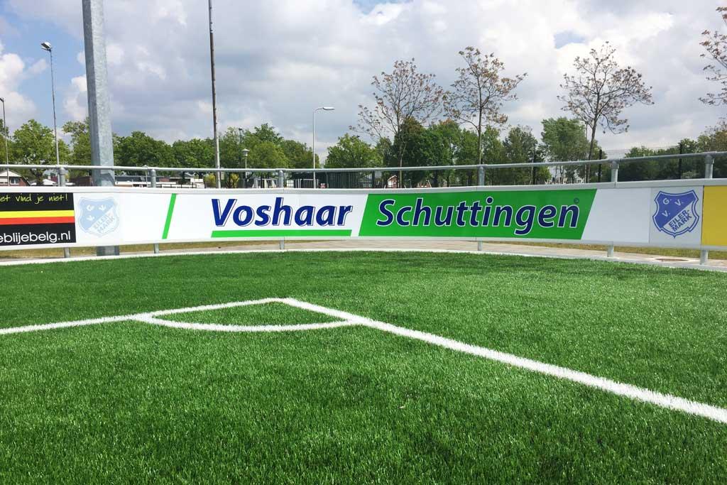 Reclame bord voetbalveld - Voshaar Schuttingen
